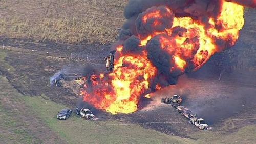 Natural gas pipeline explosion near Milford, Texas